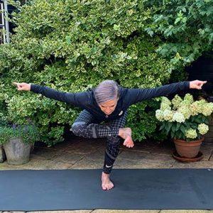 Dasra Center Yogamontfoort - balans variatie II - poweryoga lidmaatschap