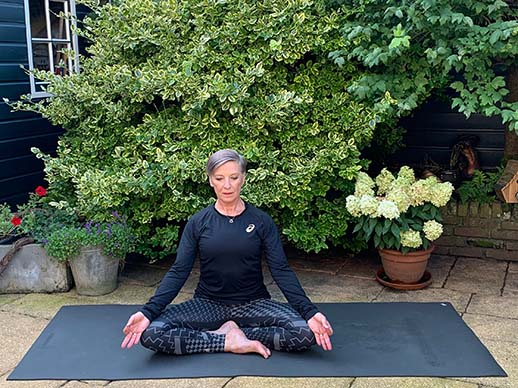 Dasra Center Yogamontfoort - lotus - yoga lidmaatschap